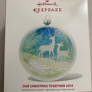 Hallmark 2014 keepsake ornament (2 deers)